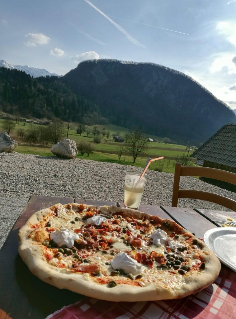 Ema Pizza with a view near Bohinj