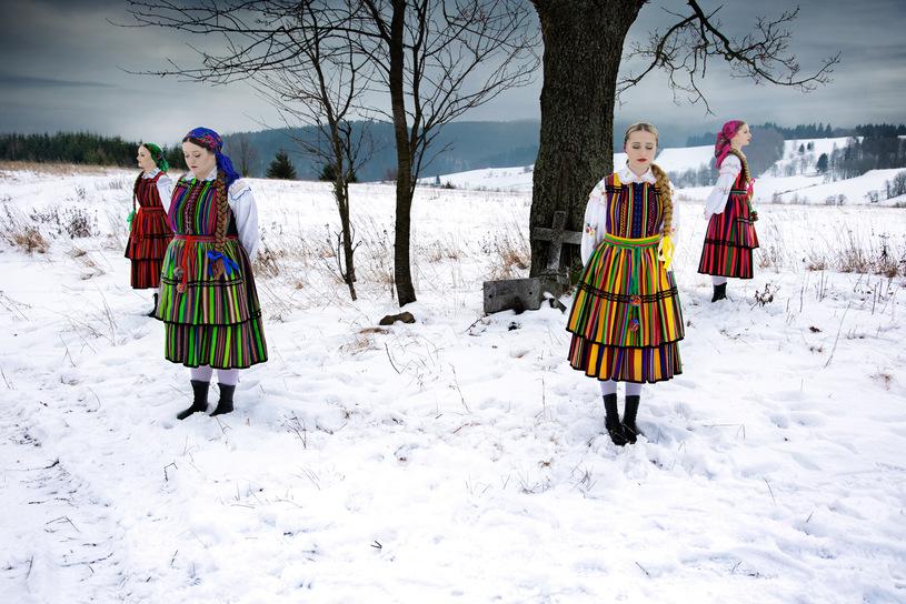 tulia folk depeche mode cover ejo silence polish polski slowianka bewildered slavica folklor tradycyjne stroje lowickie