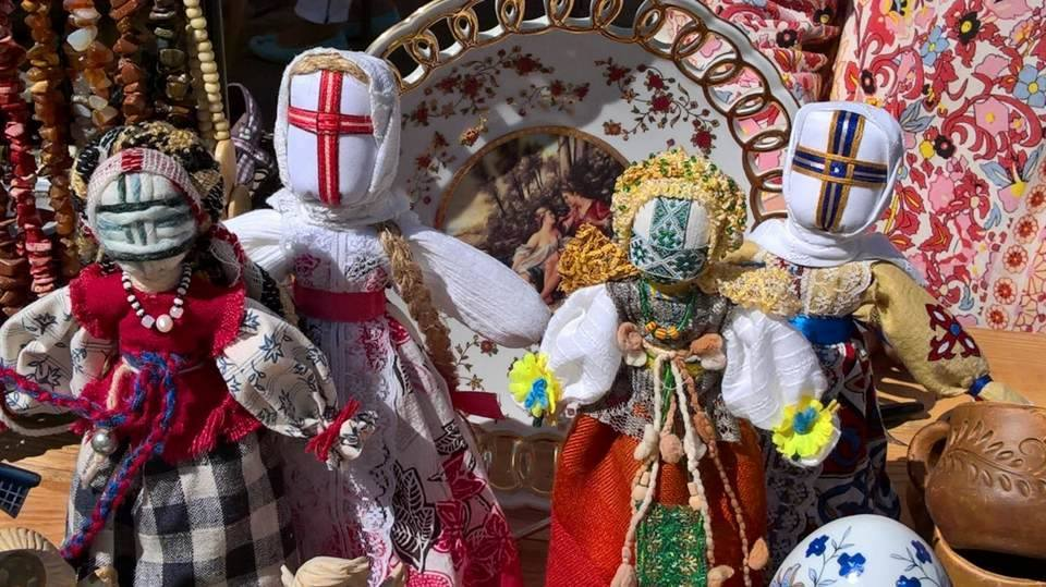 Motanki, starosłowiańskie lalki wykonane z intencją przez Michalinę