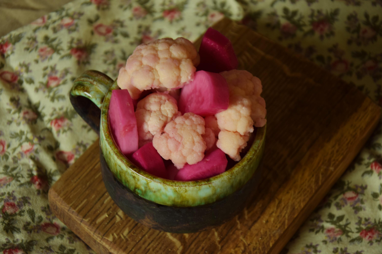 Kiszony różowy kalafior